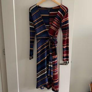 BCBGMaxAzria long sleeve wrap dress size XS